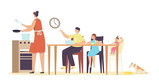 Madre che cucina per la famiglia affamata. ragazzino e ragazze che aspettano la cena intorno al tavolo. persone che mangiano pasti e parlano insieme, gruppo di personaggi allegri durante il pranzo. fumetto illustrazione vettoriale