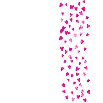 Sfondo festa della mamma con coriandoli glitter rosa. simbolo del cuore isolato in colore rosa. cartolina per la festa della mamma. tema d'amore per buoni regalo, buoni, annunci, eventi. modello di vacanza per donne