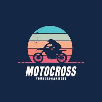Disegno del logo vettoriale di motocross