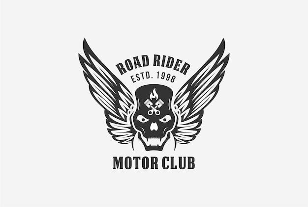 Design del logo con emblema del club del motore con elemento teschio, ala, fuoco e pistone.