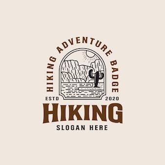 Modello di logo lineart avventura di montagna
