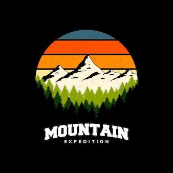 Design di montagna per badge, logo, emblema