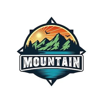 Logo di montagna per avventura e modello di progettazione del logo all'aperto