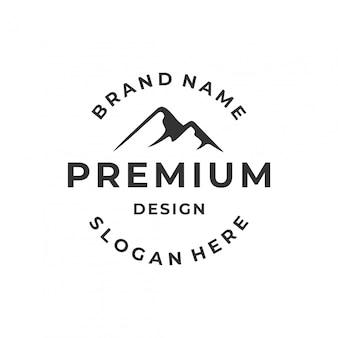 Ispirazione del logo di montagna con testo del cerchio.
