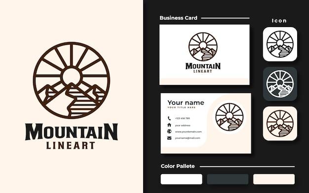 Insieme di marchio del modello di logo di montagna