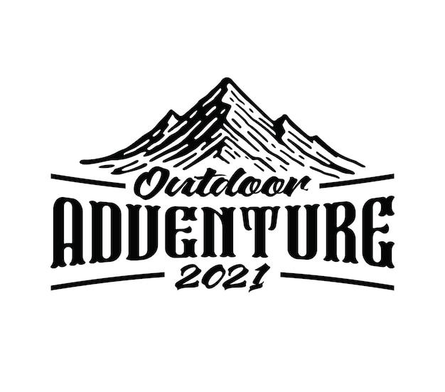 Logo di avventure di montagna e all'aria aperta in vintage