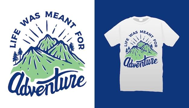 Design t-shirt citazione di montagna