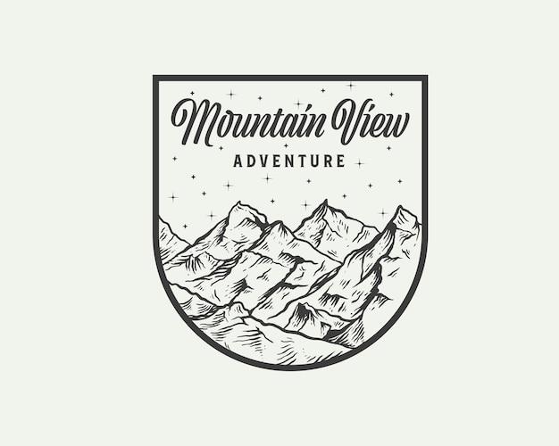 Modello di progettazione del logo dell'emblema dell'avventura di mountain view