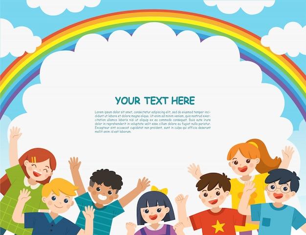 Bambini multiculturali che vanno in giro insieme in natura. i bambini guardano con interesse. modello per brochure pubblicitarie.