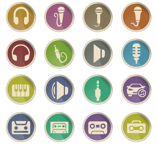 Icone web musicali sotto forma di etichette di carta rotonde