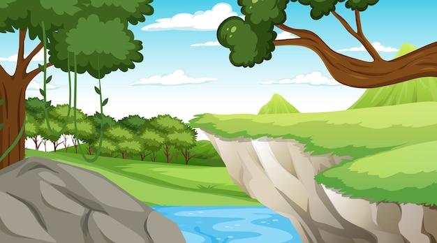Scena della natura con ruscello che scorre attraverso la scogliera