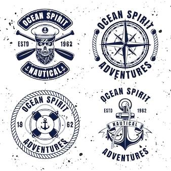 Emblemi, etichette, distintivi o loghi vettoriali set nautici in stile vintage su sfondo con trame rimovibili
