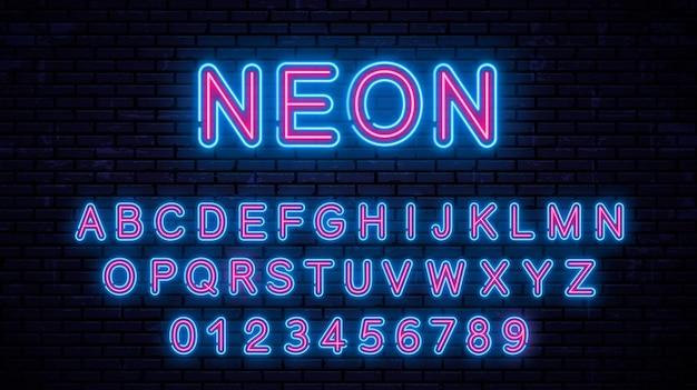 Lettere maiuscole al neon e numeri, alfabeto incandescente.