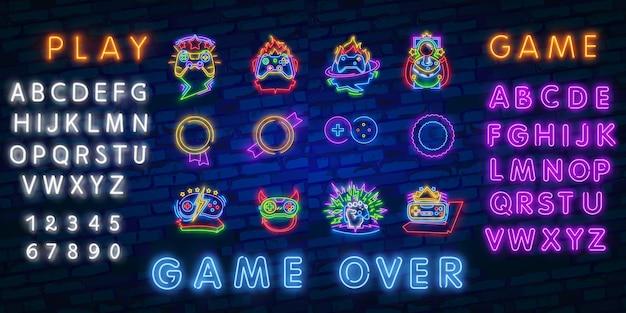 Collezione di loghi di videogiochi al neon