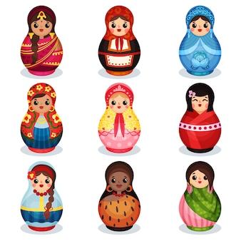 Set di bambole di incastramento, matrioska in legno in costumi colorati di diversi paesi illustrazione su uno sfondo bianco