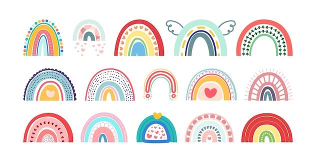 Nuovo set di arcobaleni boho isolato su sfondo bianco in simpatici delicati colori pastello
