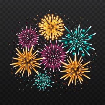 Decorazione dei fuochi d'artificio del nuovo anno isolata su fondo nero