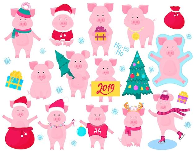 Set di maiali carini per il nuovo anno. personaggi divertenti. costume da babbo natale, angelo della neve, pattinaggio sul maialino. abete di natale decorato