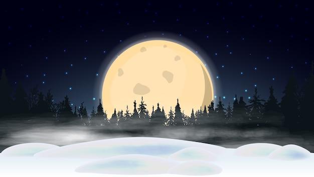 Paesaggio notturno con grande luna gialla, cielo blu stellato, cumuli di neve, pineta all'orizzonte e fitta nebbia
