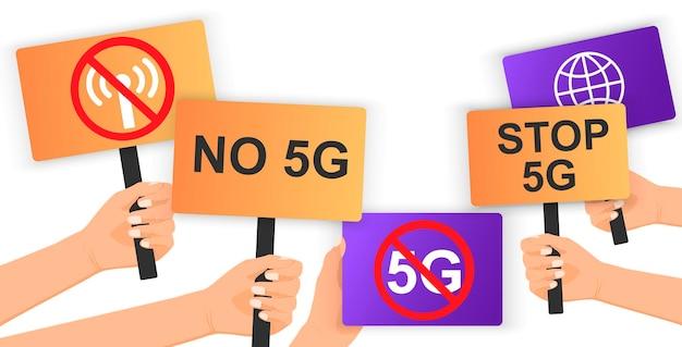 No 5g stop spegni il 5g mano che tiene il poster di protesta protesta della libertà rivoluzione del concetto