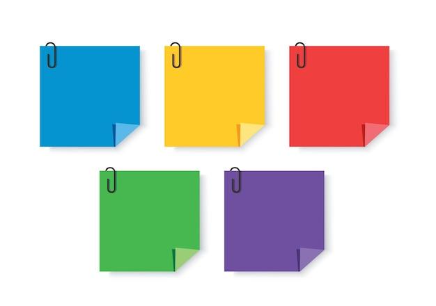 Note fogli adesivi colorati con fermagli per appunti memo