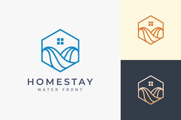 Logo dell'appartamento sull'oceano o sul lungomare in linea semplice e forma esagonale