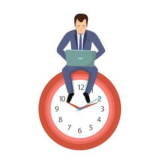 Uomo d'affari dell'impiegato di concetto che si siede su un orologio