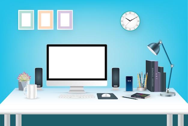 Area di lavoro dell'ufficio, posto di lavoro con il computer. l'ufficio di un operaio creativo.