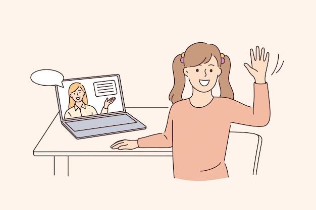 Istruzione online e concetto di elearning. felice bambina carina seduta al computer portatile agitando la mano facendo scuola a casa con computer portatile e-learning e illustrazione vettoriale del corso