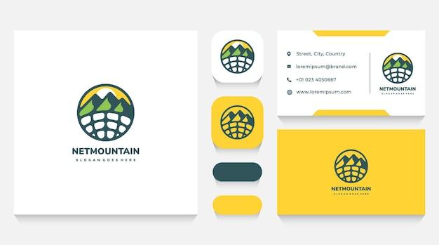 Modello e biglietto da visita del logo di viaggio e viaggio in montagna online