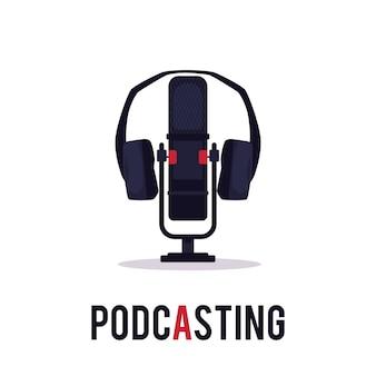 Emblema di podcasting online - microfono da studio