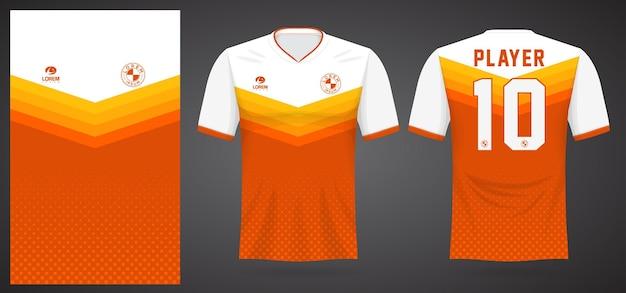 Modello di maglia sportiva arancione per le divise della squadra e il design della maglietta da calcio