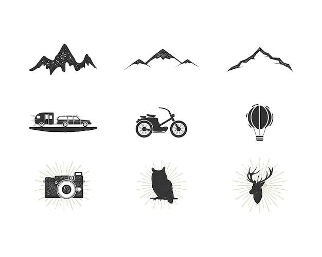 Set di icone di sagoma avventura all'aperto. collezione di forme da surf e da campeggio. pacchetto di semplici pittogrammi neri. utilizzare per creare logo, etichette e altri design per escursioni e surf. vettore isolato su bianco.