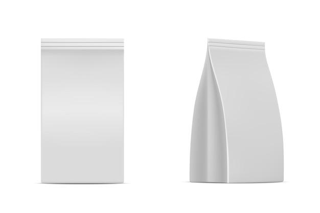 Mockup di imballaggio isolato su sfondo bianco pacchetto di prodotti 3d realistico con chiusura lampo Vettore Premium