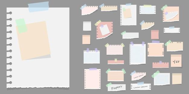 Note adesive di carta memo messaggi taccuini e pezzi di carta strappata fogli promemoria carta