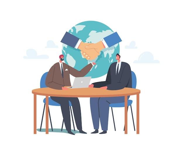 Concetto di partenariato, riunione dei delegati, portavoce indiani e caucasici si stringono la mano, fanno un accordo durante i negoziati internazionali