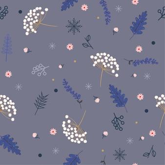 Modello senza cuciture di inverno floreale disegnato a mano pastello con le foglie e le bacche di natale.