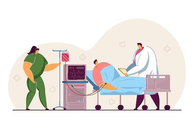 Paziente sdraiato nel letto d'ospedale con contagocce. professionisti medici che forniscono assistenza e supporto illustrazione vettoriale piatta. assistenza sanitaria, concetto di terapia intensiva per banner, design di siti web o landing page
