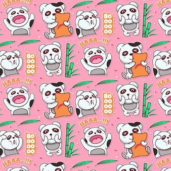 Modello di simpatico panda con cuscino e bambù