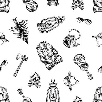 Modelli di attrezzature da campeggio, da viaggio e ricreative senza soluzione di continuità. doodles design su sfondo bianco.