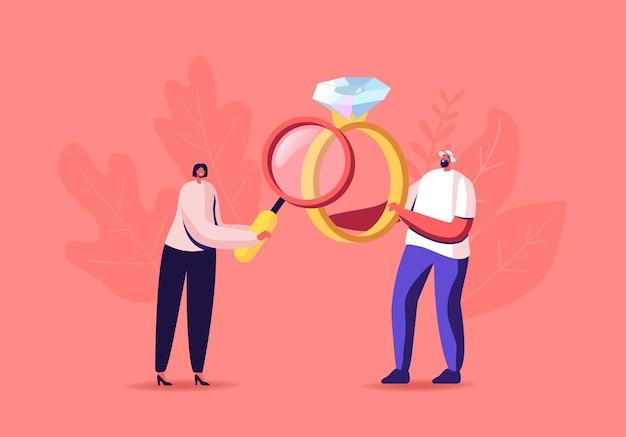 Proprietario femminile del banco dei pegni che cerca un anello d'oro con una gemma preziosa per l'acquisto