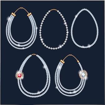 Set di collane di perle di perle.