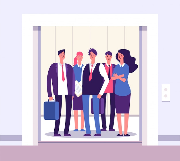 Ascensore persone. sollevi le persone che stanno il gruppo dell'uomo della donna dentro l'interno dell'ufficio degli elevatori con l'affare della porta aperta