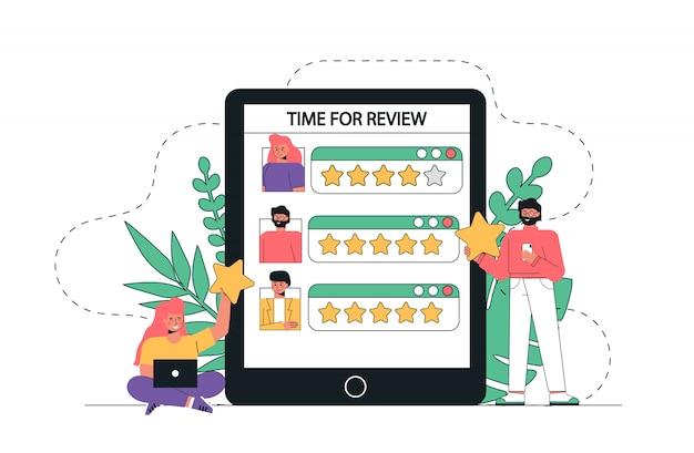 Le persone danno feedback, tenendo le stelle sopra le teste.
