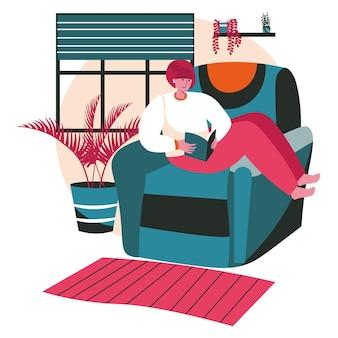 Persone amanti della letteratura con il concetto di scena di libri. la donna legge il libro seduto su una sedia accogliente a casa. attività di apprendimento, hobby e tempo libero. illustrazione vettoriale di personaggi in design piatto