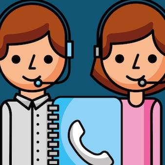 Personale che lavora con il servizio clienti della rubrica indirizzi