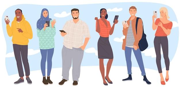 Persone che scrivono sms parlando ascoltando musica prendendo selfie