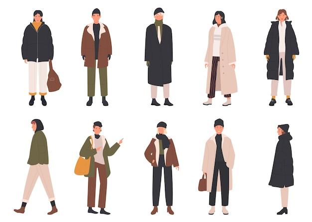 Le persone indossano abiti invernali con un cappotto elegante o un abito alla moda