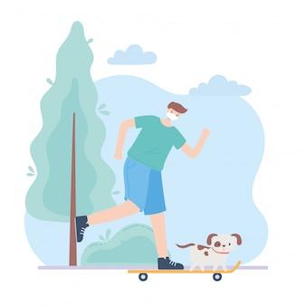 Persone con mascherina medica, uomo in sella a skate con cane