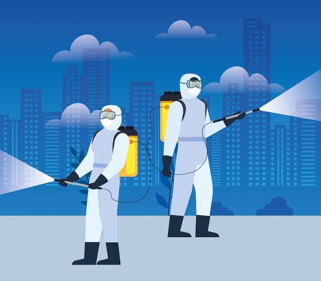 Persone con tuta protettiva o virus a spruzzo di covid 19, concetto di virus di disinfezione